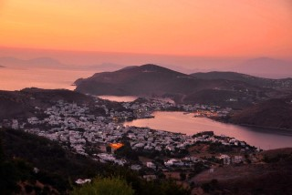 patmos-island-golden-sun-chora-sunset